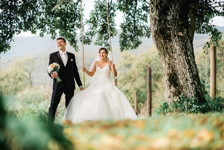 Svadba, Horna Suca, Trencin, Na dedine, priroda, ludova, svadba, nevesta, zenich, kvety, hojdacka